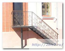 Лестница-на-даче-3