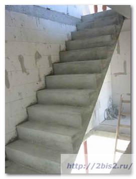 Лестница-на-даче-5
