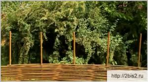 Плетёный забор своими руками: фото-4