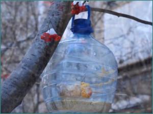 Кормушка для птиц своими руками из пластиковой бутылки, фото-7