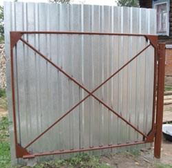 Конструкция створки ворот