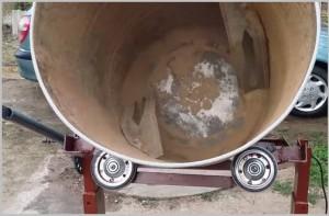 Как сделать бетономешалку из бочки своими руками: видео-5