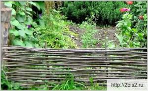 Плетёный забор своими руками: фото